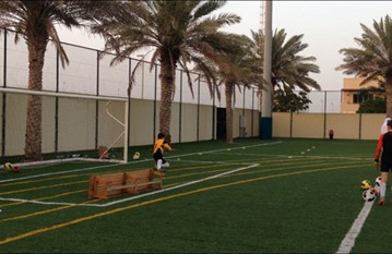 Specific goalkeeping sessions for our academy players with coach Ruben'